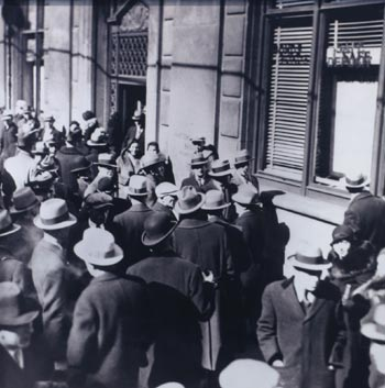 Great Depression & bank crisis of 1930s