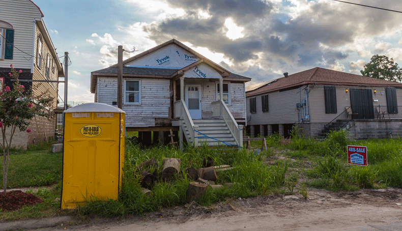 Homes near where Katrina's floodwaters breached the London Avenue Canal's levee.