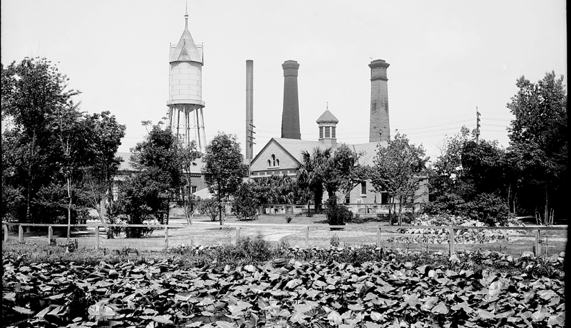 Jacksonville's water works in 1900. Photo courtesy of the Library of Congress photographic archives