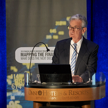 photo of Jerome Powell speaking at 2019 FMC